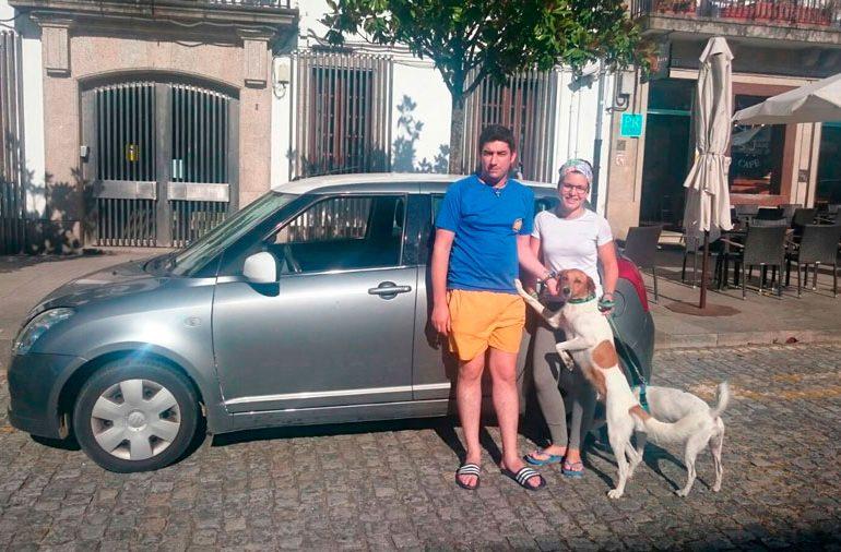 peregrino--parking-parking-sarria-julio-01